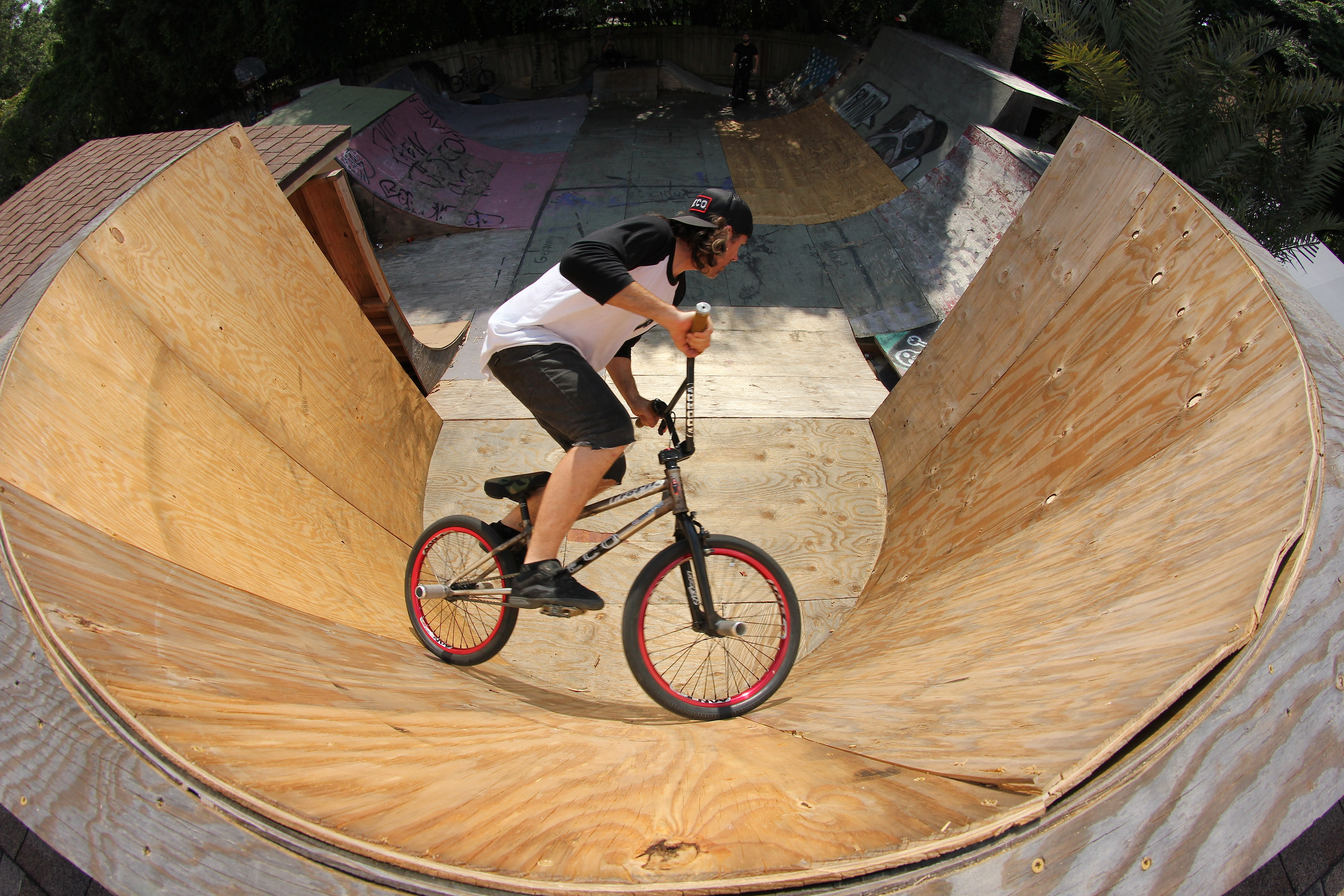 Chad Degroot: 180 wall carve at Trey Jones.