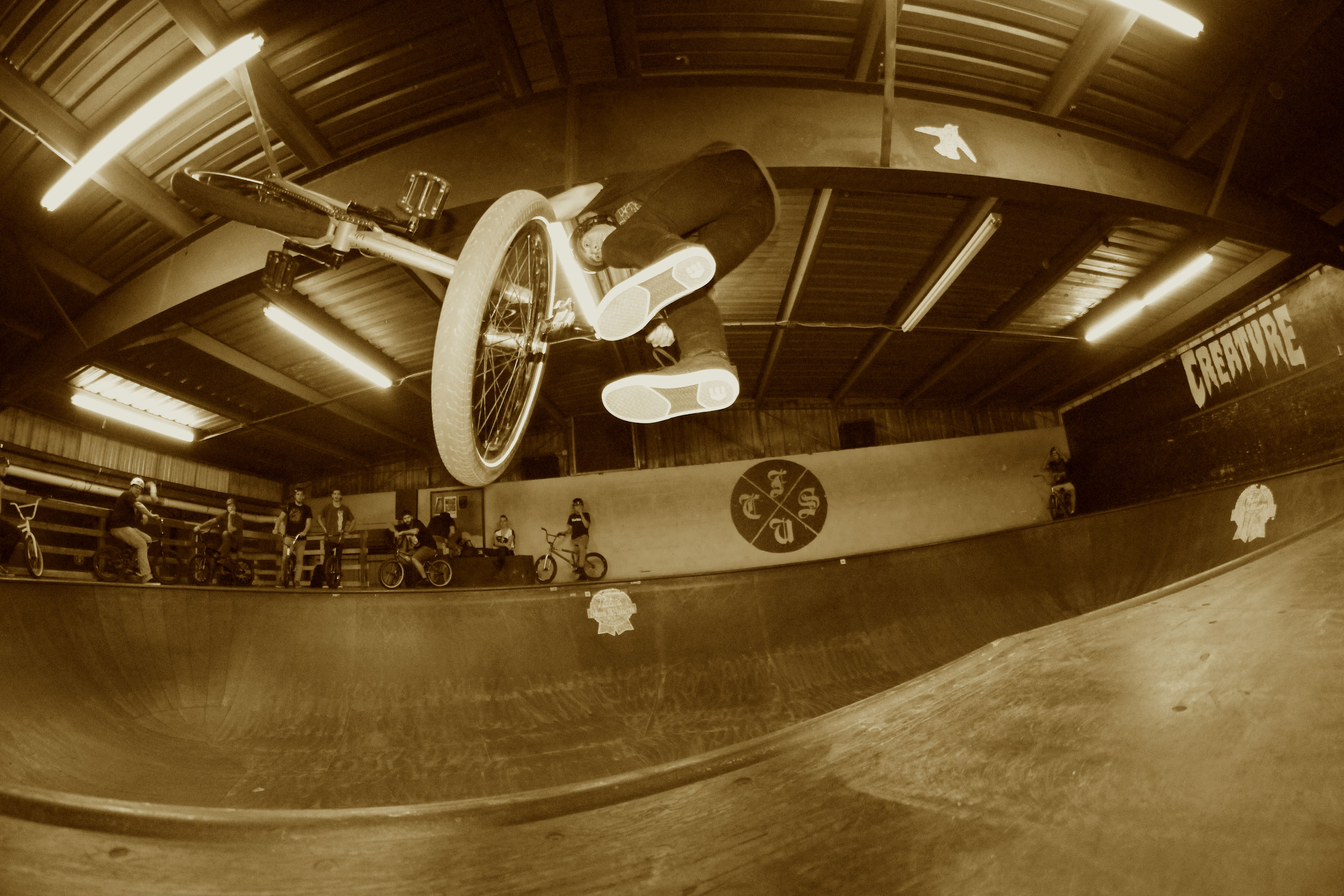 Louis Cortese: Down side Whip during Profile's Friday night Bowl Jam.
